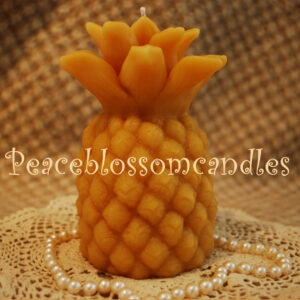 Beeswax Large Pineapple candle