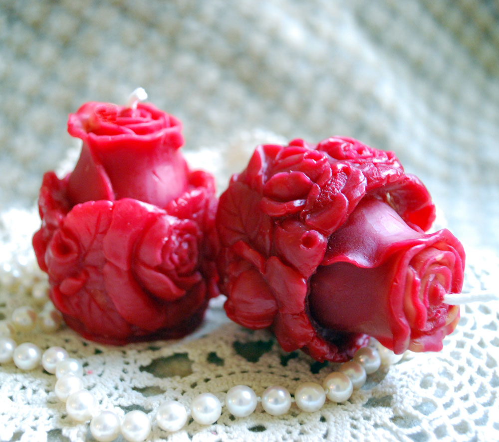 Beeswax Red Rose Votives