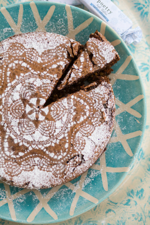 Chocolate hazelnut cake with vintage doily sieve pattern (photography by Tasha Seccombe)