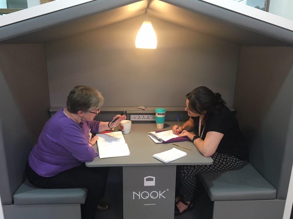 Teachers Using A Nook Pod