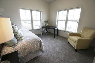 bedroom_2_windows