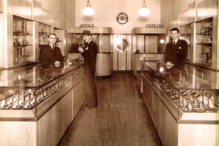 Aaron Dolgin and his diamond shop coworkers