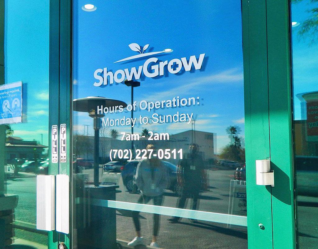 showgrow-vegas-hours
