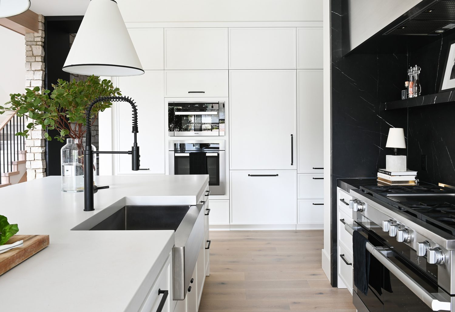 Ferme Moderne interior kitchen built by Midland Premium Properties in Vancouver, BC