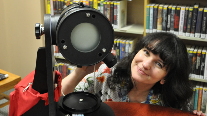 What To Know About Homewood Library's Telescope Rental