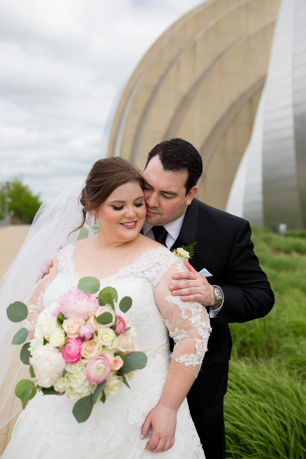 Wedding Pictures in Kansas City