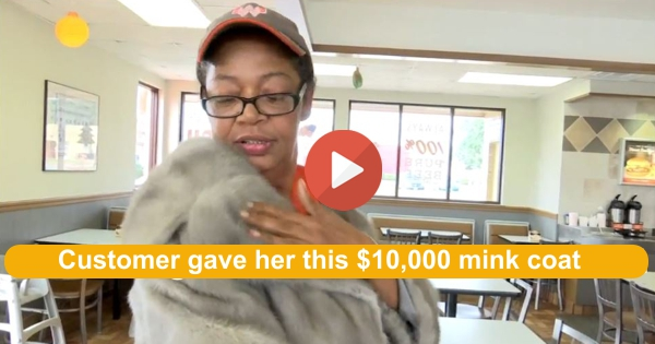 Nice gesture - Customer gives fast food worker her 10,000 mink coat off her back 2