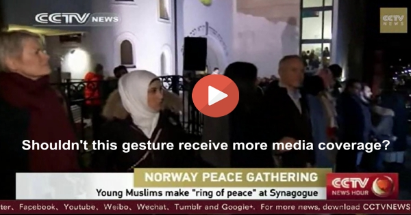 Muslims in Oslo Norway form a ring around synagogue in peace
