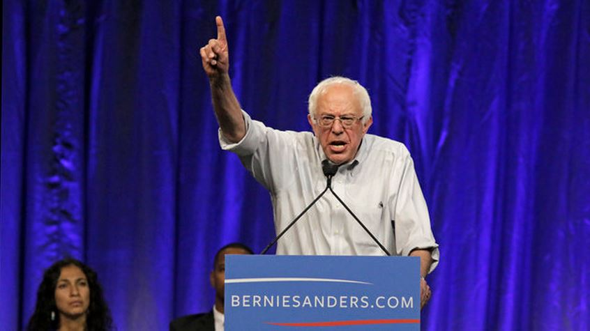 Bernie Sanders takes lead in New Hampshire