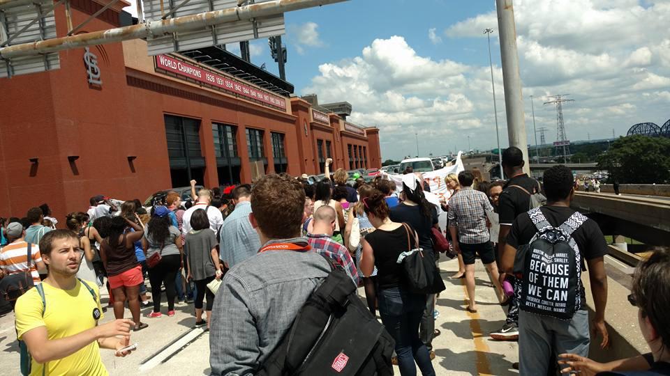 Black Lives Matter w - Netroots Nation shuts down St. Louis Freeway 3