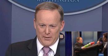 Trump Press Secretary Sean Spicer threatens SNL podium move against reporter 1