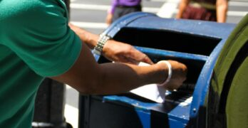 Postal Service proves government more efficient than private sector