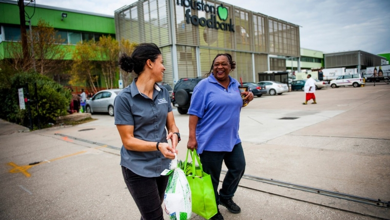 Food Banks Take On a Contributor to Diabetes: Themselves