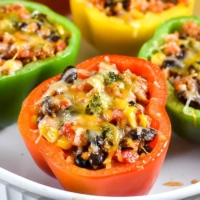 Vegetarian-Mexican-Stuffed-Peppers-5