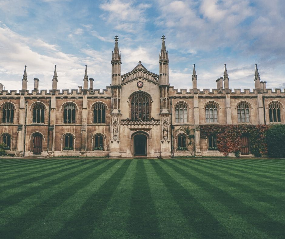 Tips on How to Apply to U.S. Universities
