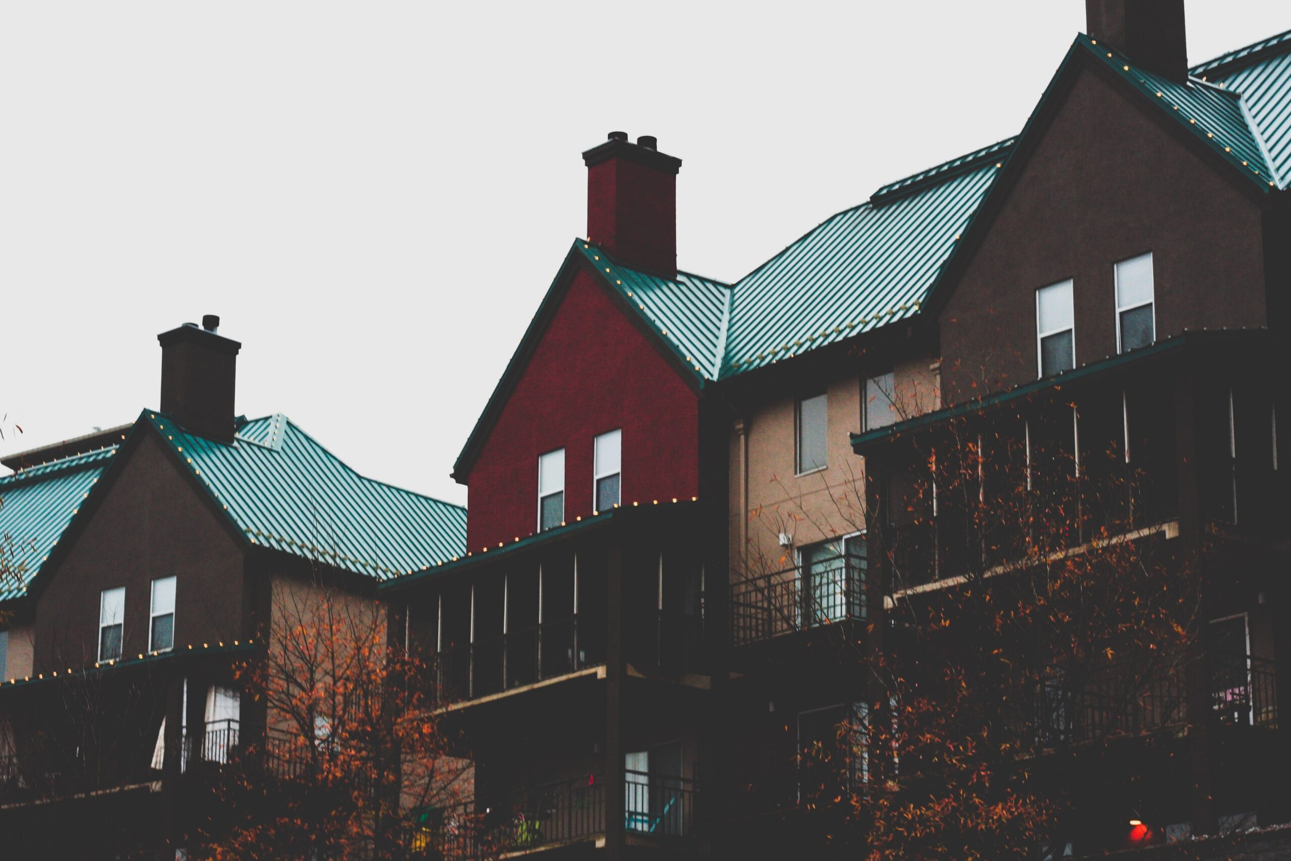 Homestay vs. Student Housing: Pros and Cons