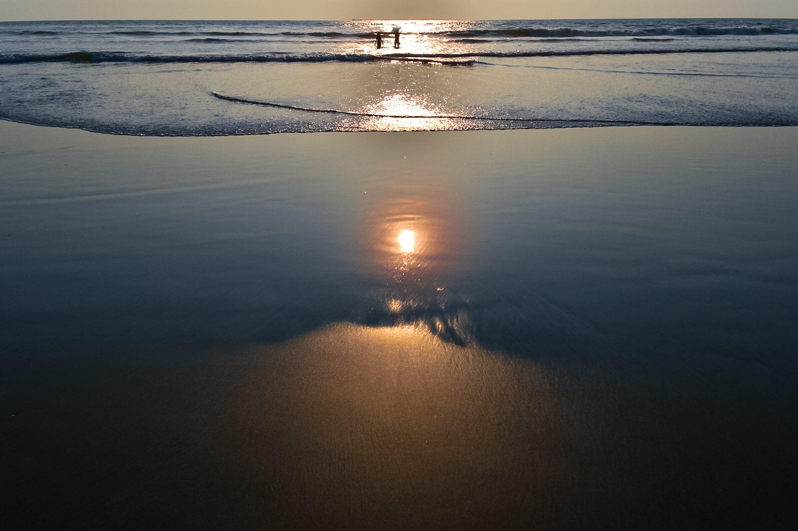 Walk along the Seashore in your Solo Trip to Goa
