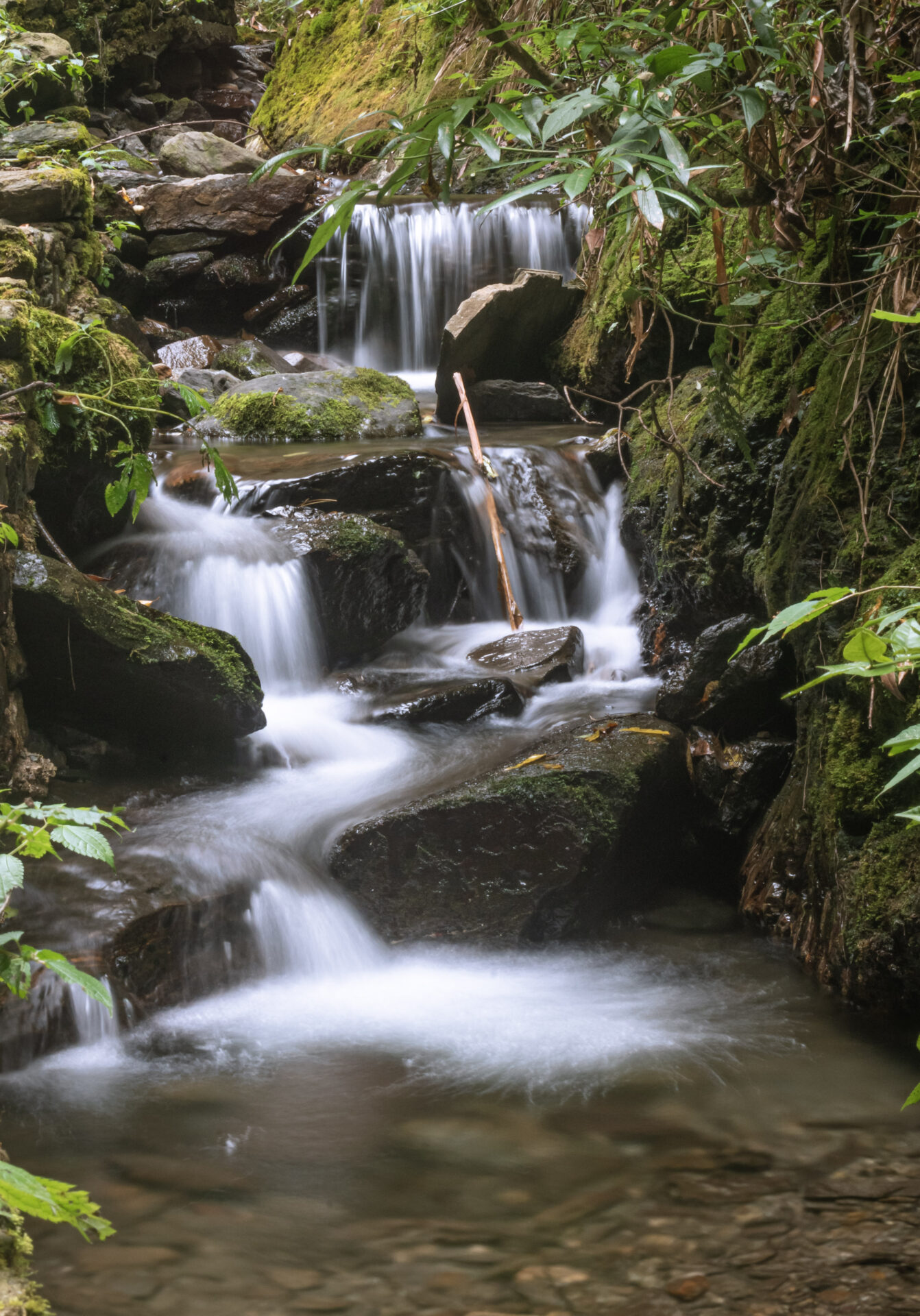 Long Exposure Shutter Speed at Jibhi Waterfall