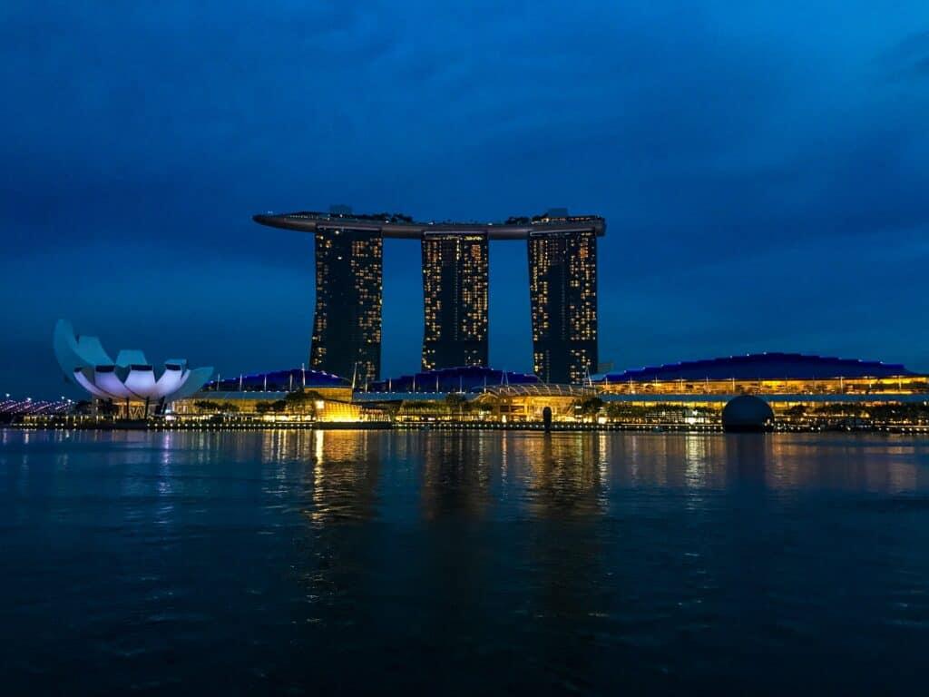 Marina Bay Singapore The L Axis