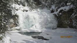 Johnston Canyon Winter Walk