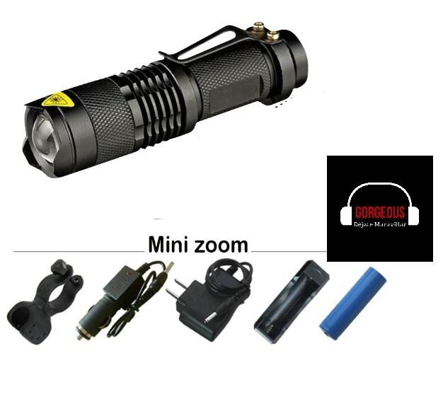 Linterna led táctica de 2000 lúmenes. Distancia que ilumina de 150 a 200 metros. Esta lámpara LED es ideal para acampar, debido a su gran potencia y alta duración de la batería. Esta linterna led inclute un soporte para bicicleta que te permitirá montarla con seguridad y firmeza al manubrio de tu bicicleta. La linterna táctica posee zoon in y zoom out. Esta linterna Led incluye cargadores para tu casa a 220 V y cargador para vehículo que va directamente al encendedor de tu automóvil.