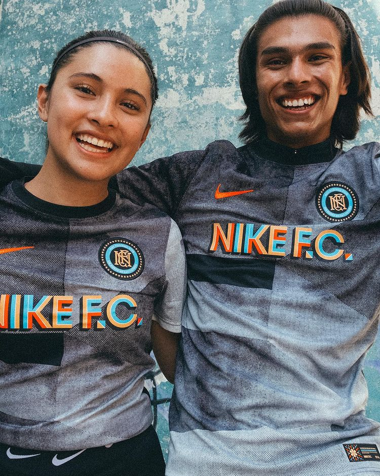 Nike Releases Mexico City Football Collection With Hirving Lozano 5