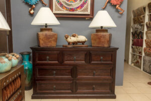 Seven drawer dresser for sale in Cabo San Lucas