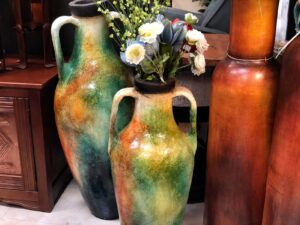Multicolor vases with handles