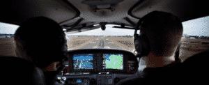 Cirrus SR-22 approach
