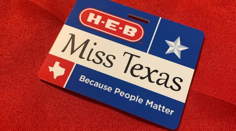 Two Southside Beauty Queens Represent Texas at National Pageant