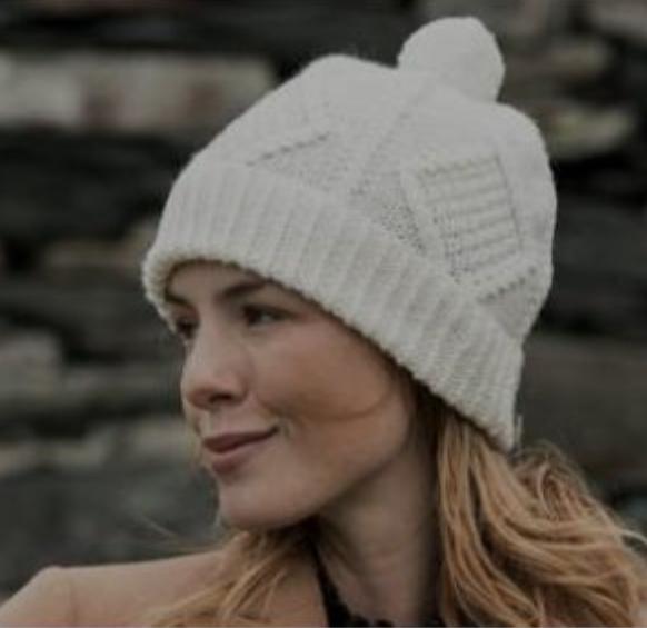 Ladies Aran Merino Wool Ski Hat S167-669