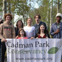 a group of volunteers ready to plant daffodils at Cadman Park Conservancy!