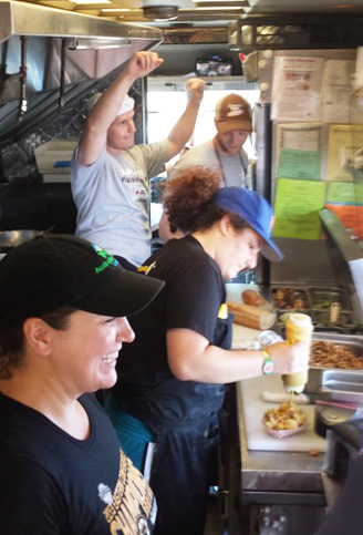 boston-food-truck-fun-staff-the-dining-car
