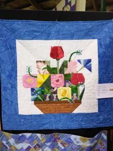Paper Pieced Flower Basket