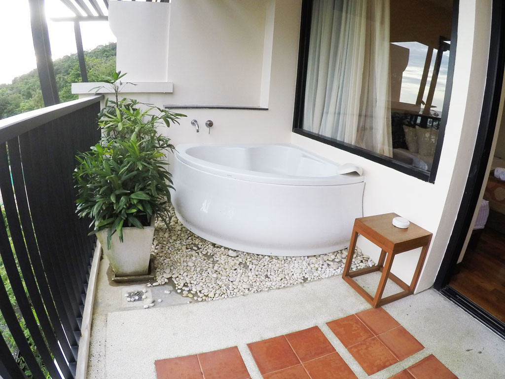 Jaccuzzi @ The Balcony - Ao Nang Cliff Beach Resort