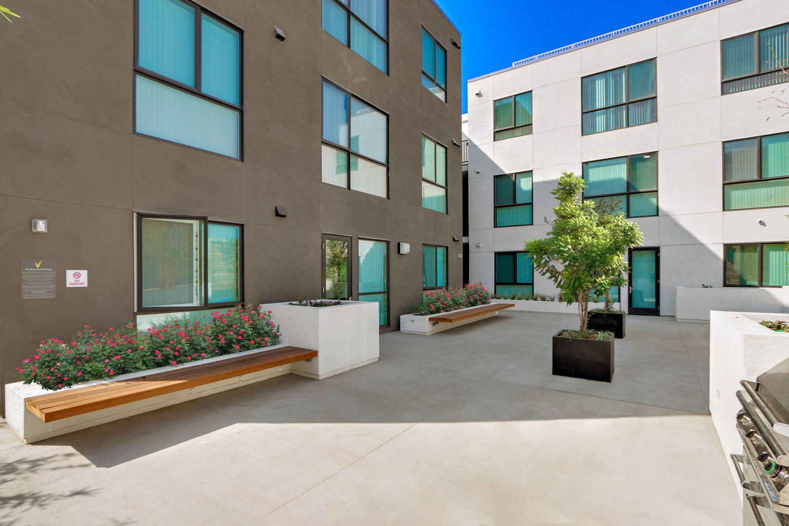 usc student housing apartments