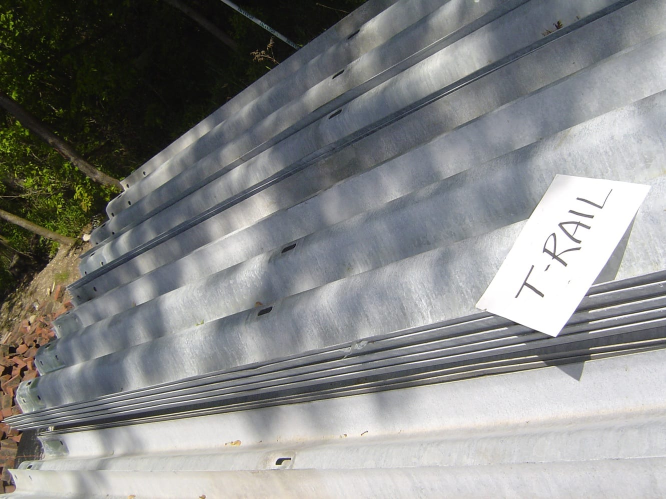 Thrie-Beam Feed Bunk - Used Thrie-Beam Guardrail For Sale