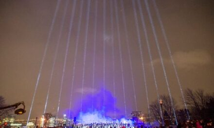Remembering the montreal polytechnique victims with 14 beams of light