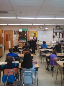 Sen. Lesser reads to fourth graders at Chicopee's Fairview Elementary. (WMassP&I)