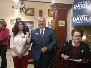 Returning candidate Davila