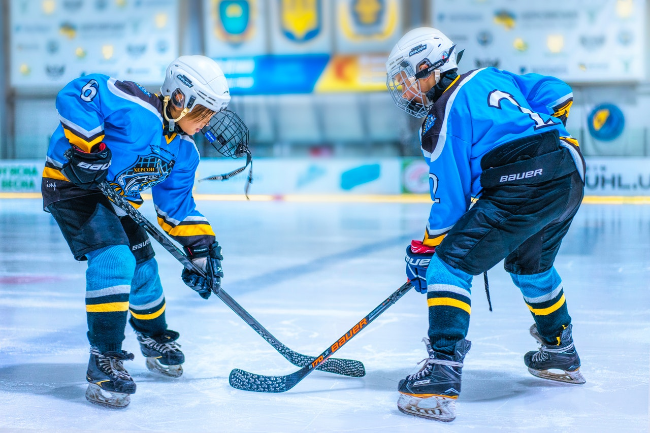 Publication Alert: BALANCE CONTROL IN YOUTH HOCKEY PLAYERS WITH AND WITHOUT A HISTORY OF CONCUSSIONS DURING A LOWER LIMB REACHING TASK.