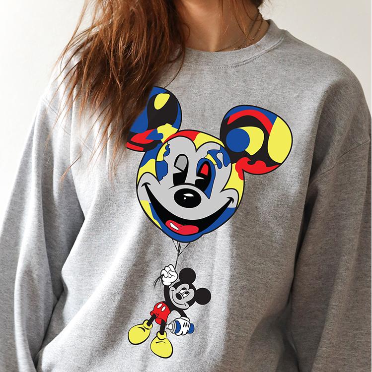 Mendivil_MickeyGraphic_Sweater