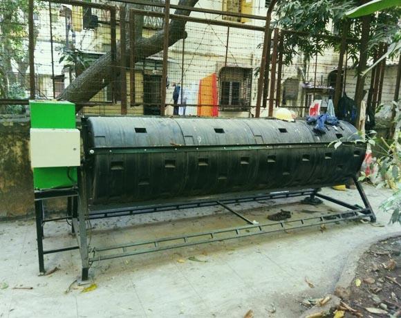 50 kgs, 1200 lts  Compost System, Motorised