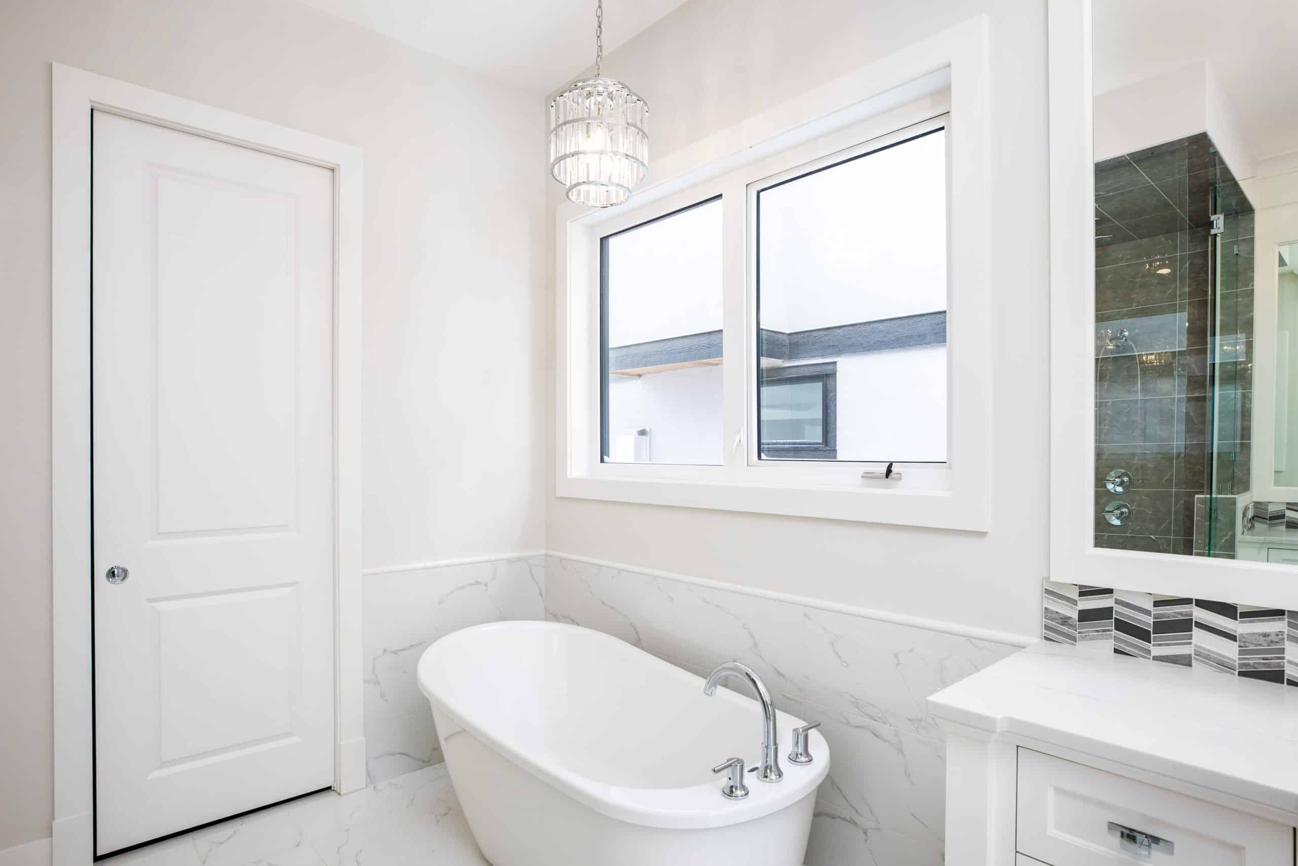 North Glenmore Park Modern Bungalow Ensuite