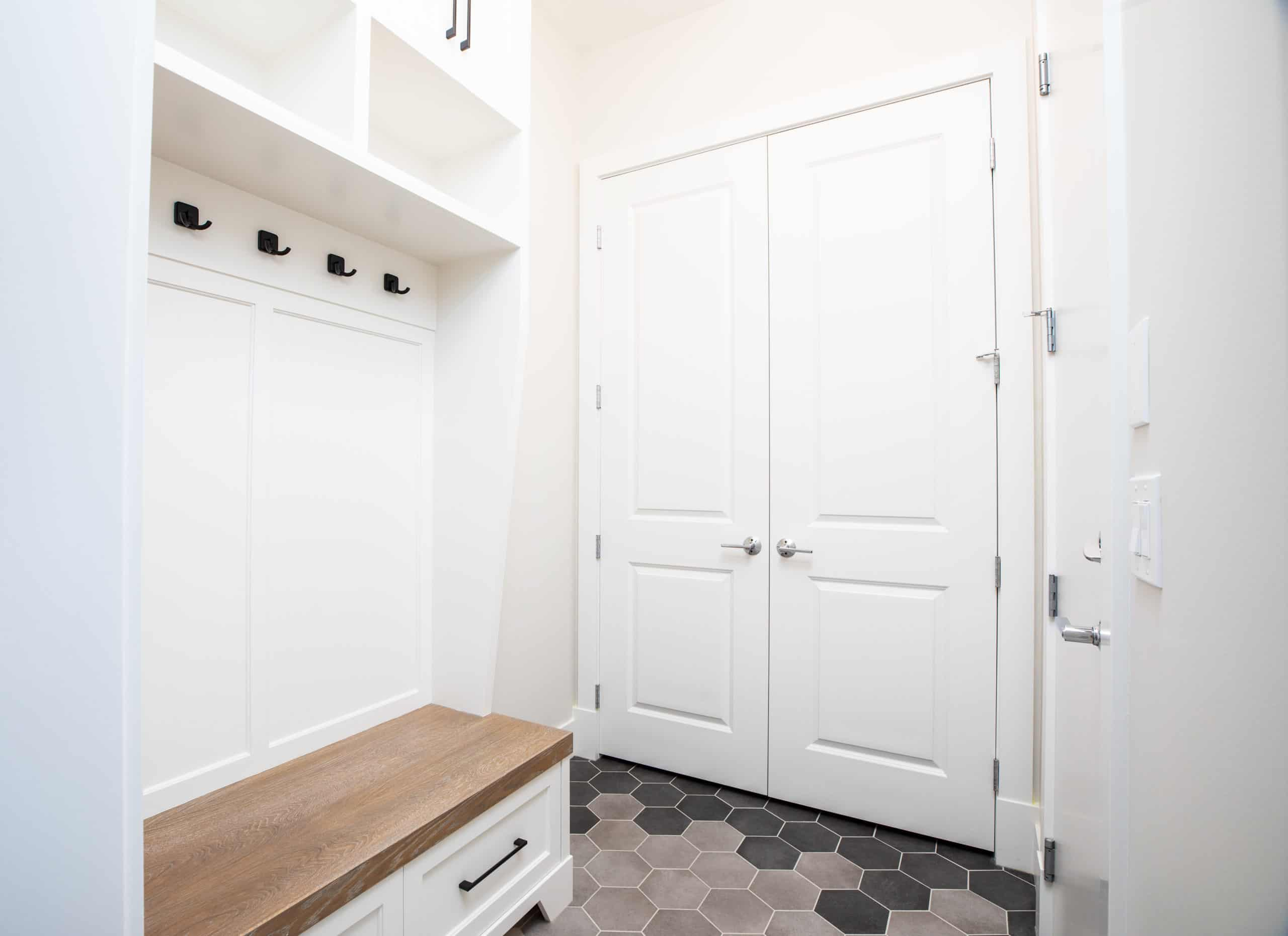 North Glenmore Park Modern Bungalow Mudroom