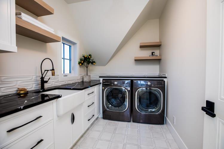 Watermark at Bearspaw - Modern Farmhouse laundry