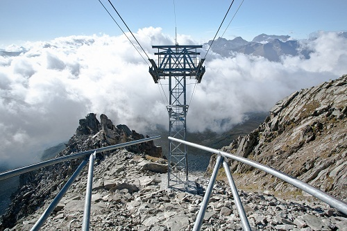 commercial_ropeway_1