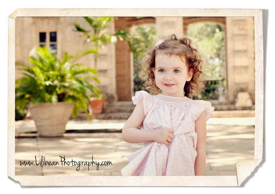 child portrait session at Vizcaya in Miami, FL