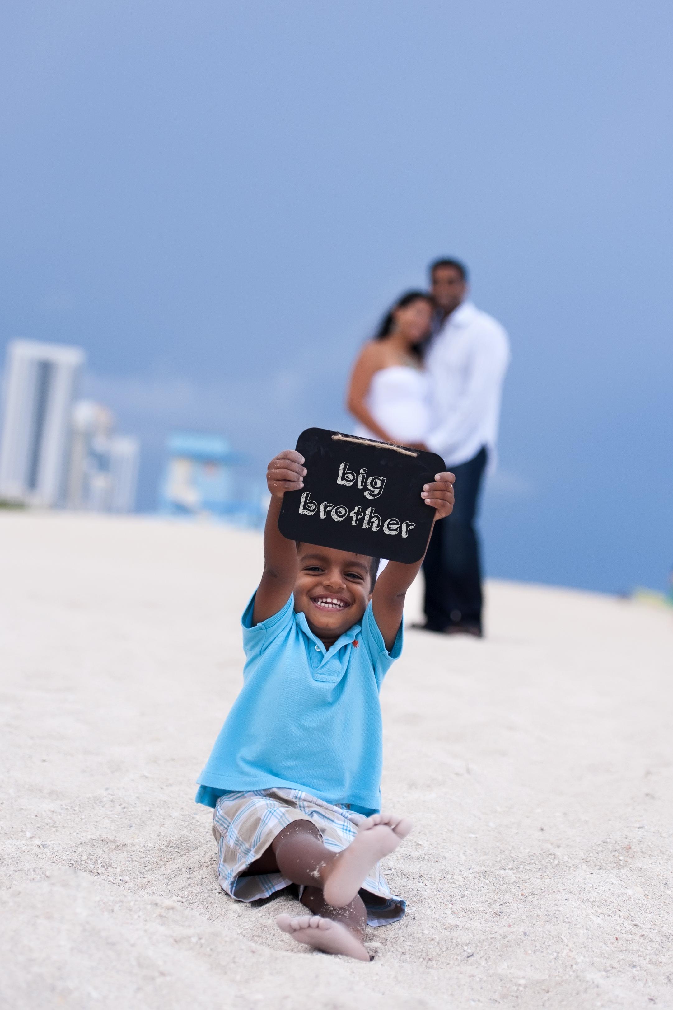 Maternity Announcement South Florida Maimi Photographer Family Photographer Golden beach Miami Broward Fort Lauderdale