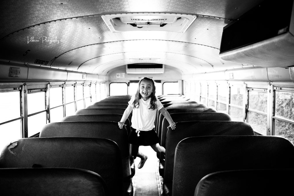 school bus mini sessions